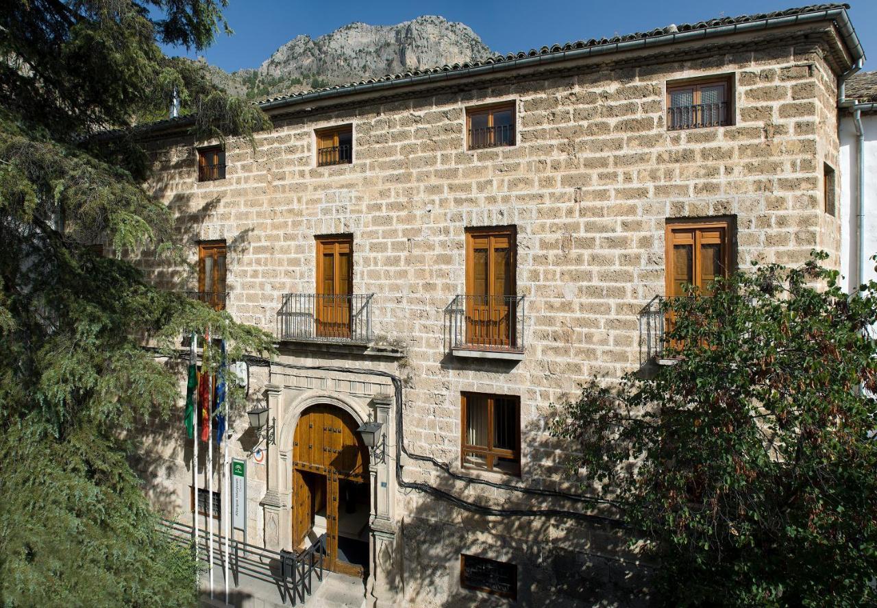 Hostels In Hinojares Andalucía