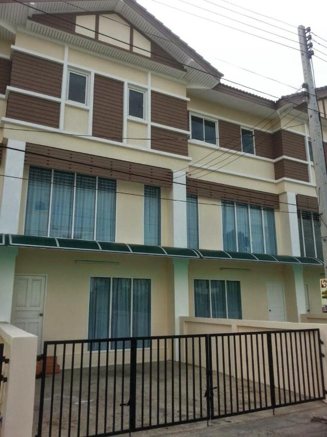 Guest Houses In Khlong Luang Pathumthani Province