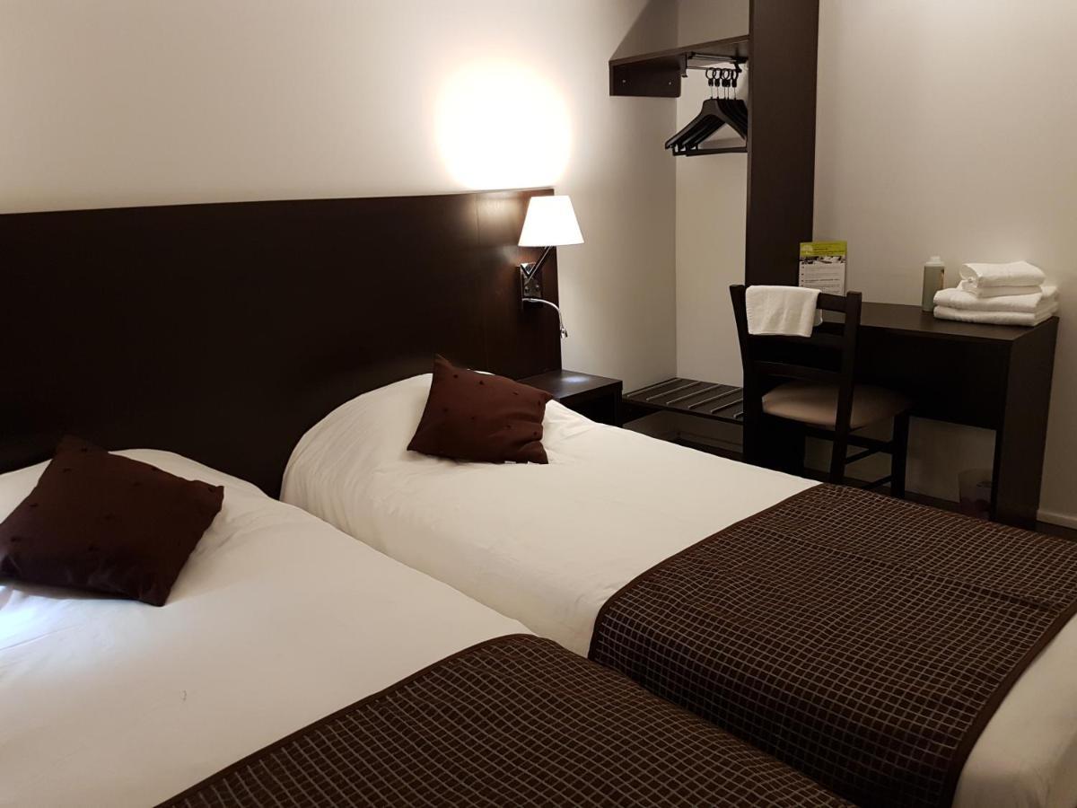 Hotels In Ourouër Burgundy