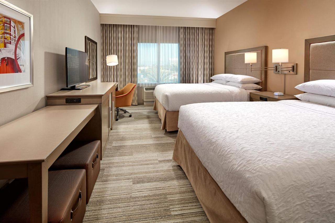 Hotels In Signal Hill California