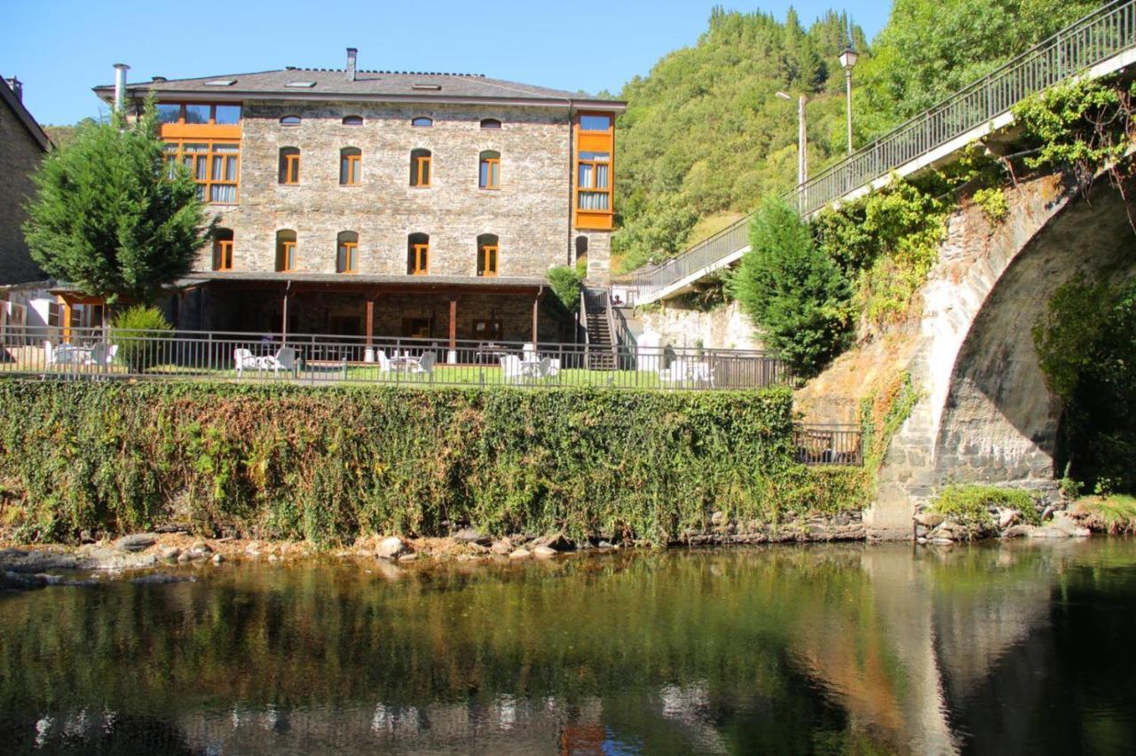 Hotels In Pacios De Rebolín Galicia