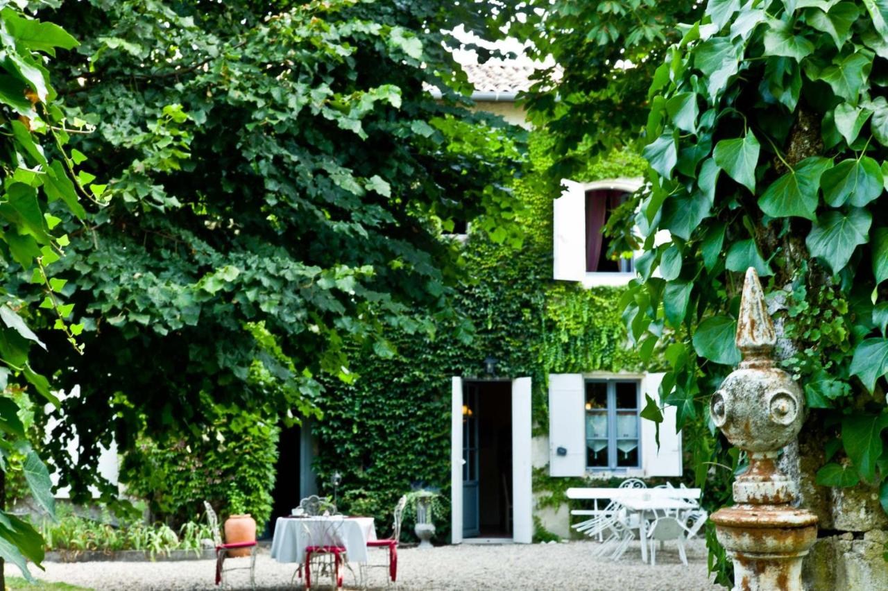 Bed And Breakfasts In Villegouge Aquitaine