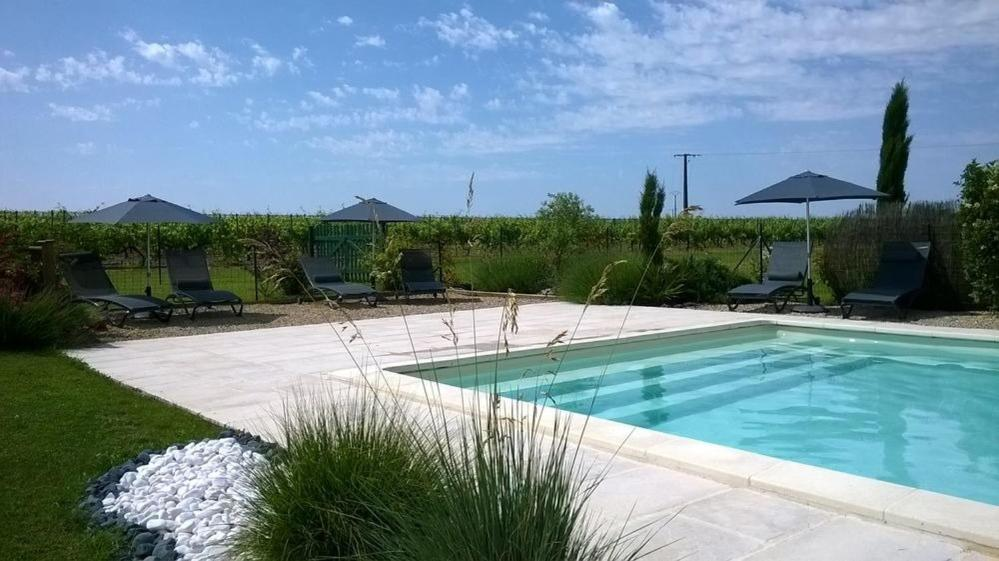 Guest Houses In Roullet Poitou-charentes