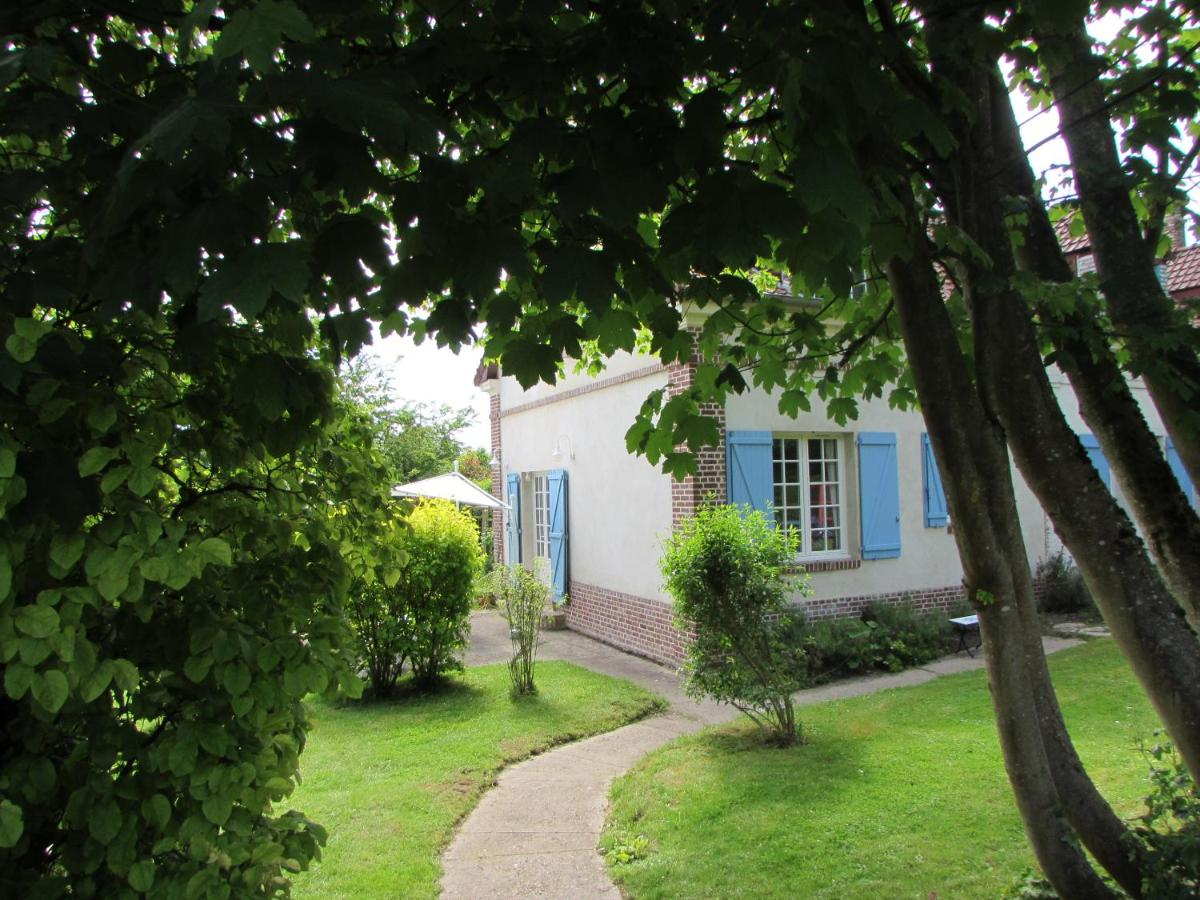 Guest Houses In Villeroy Picardy