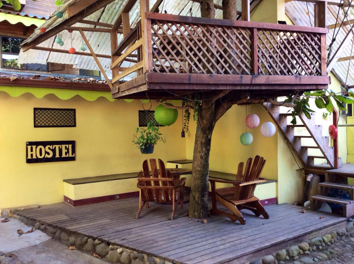 Hostels In Bonifacio Limon