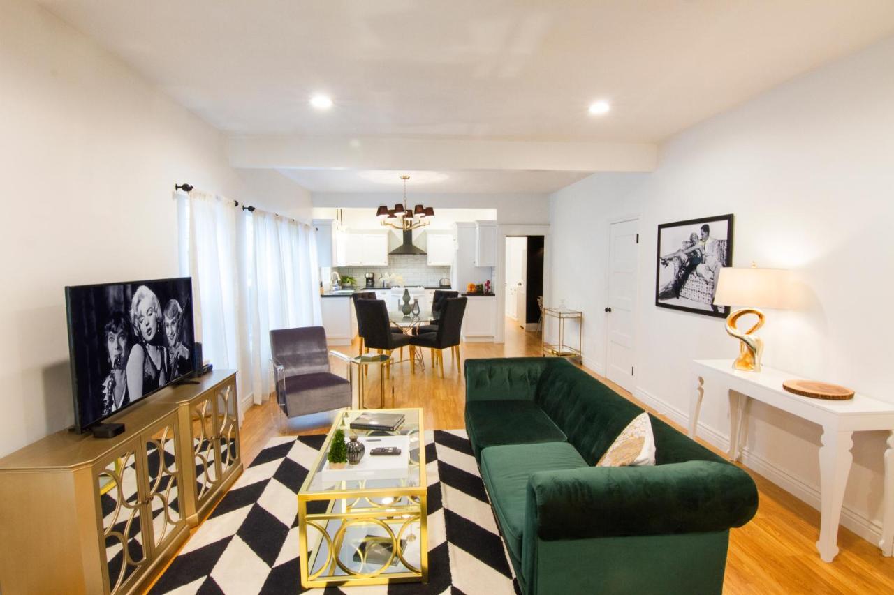 Apartment Chateau Monroe #2, Los Angeles, CA - Booking.com