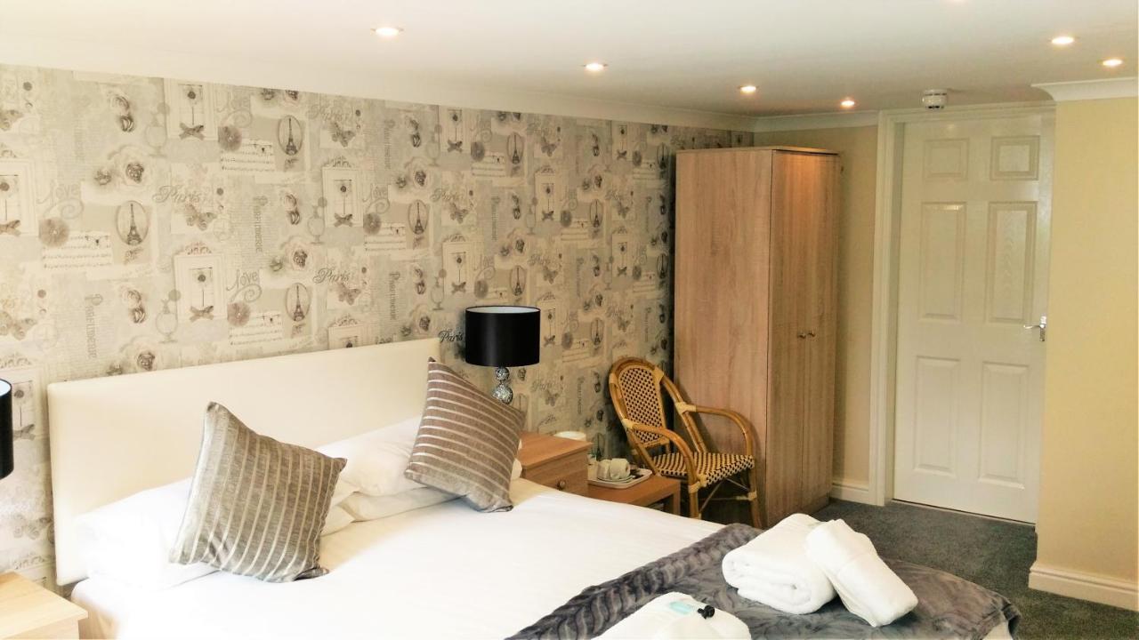 Hotels In Rhôs-on-sea Clwyd