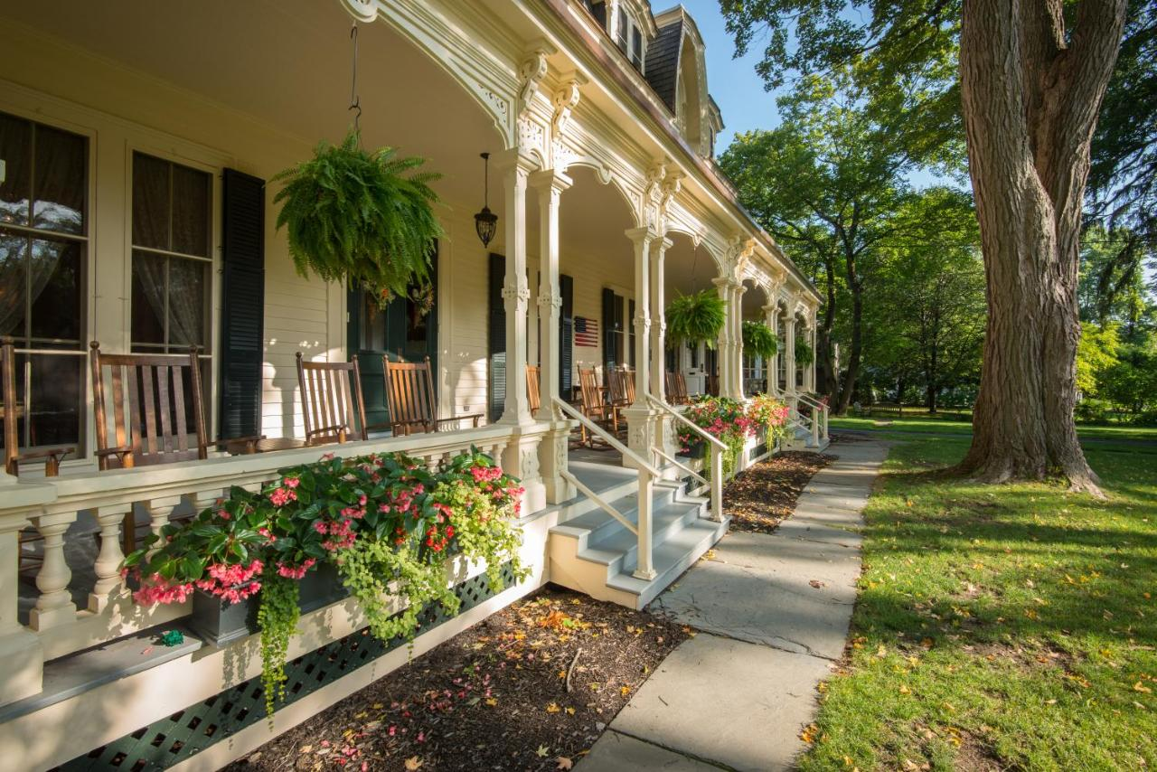 Hotels In Schuyler Lake New York State