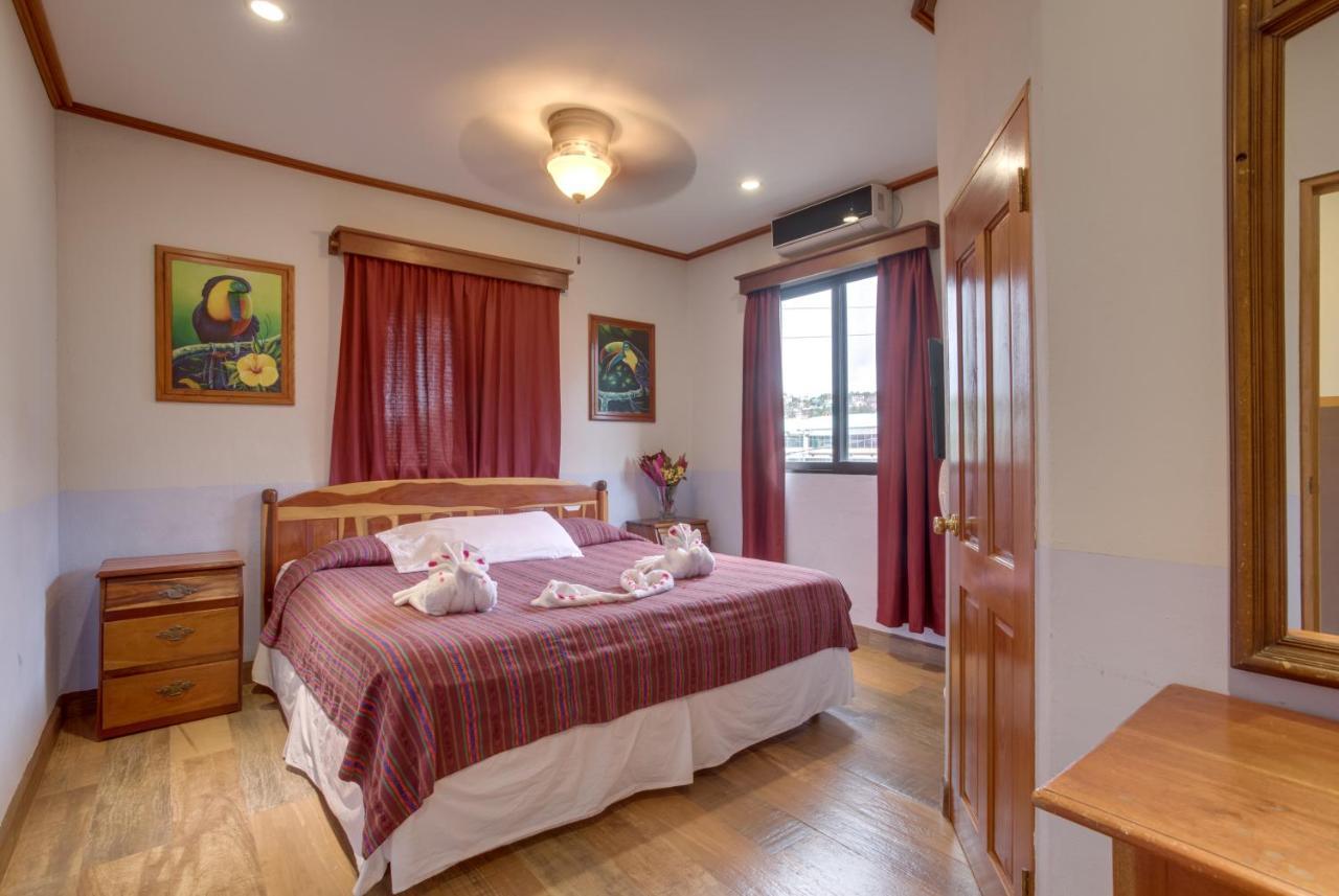 Hotels In Trapiche Cayo