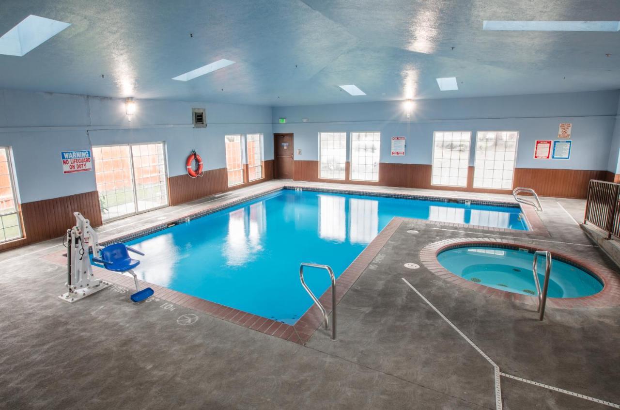 Bridgeway Inn & Suites - Portland A, Gresham, OR - Booking.com