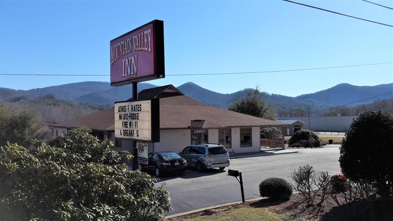 Hotels In Dillard Georgia