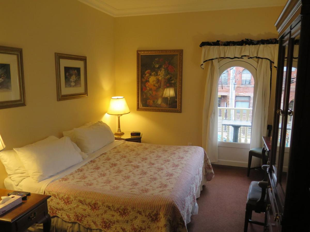 Bed And Breakfasts In Port Credit Ontario