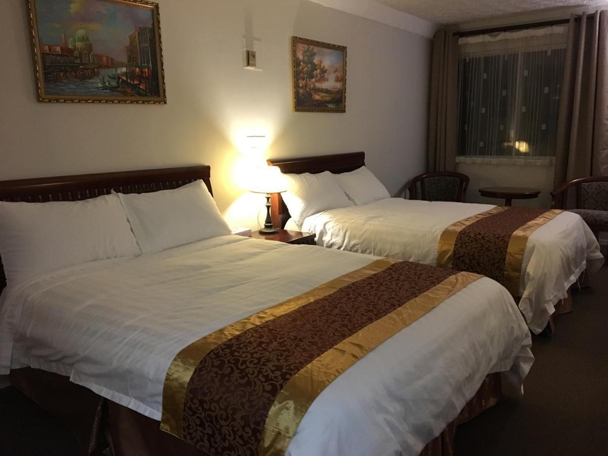 Hotels In St-etienne De Bolton Quebec