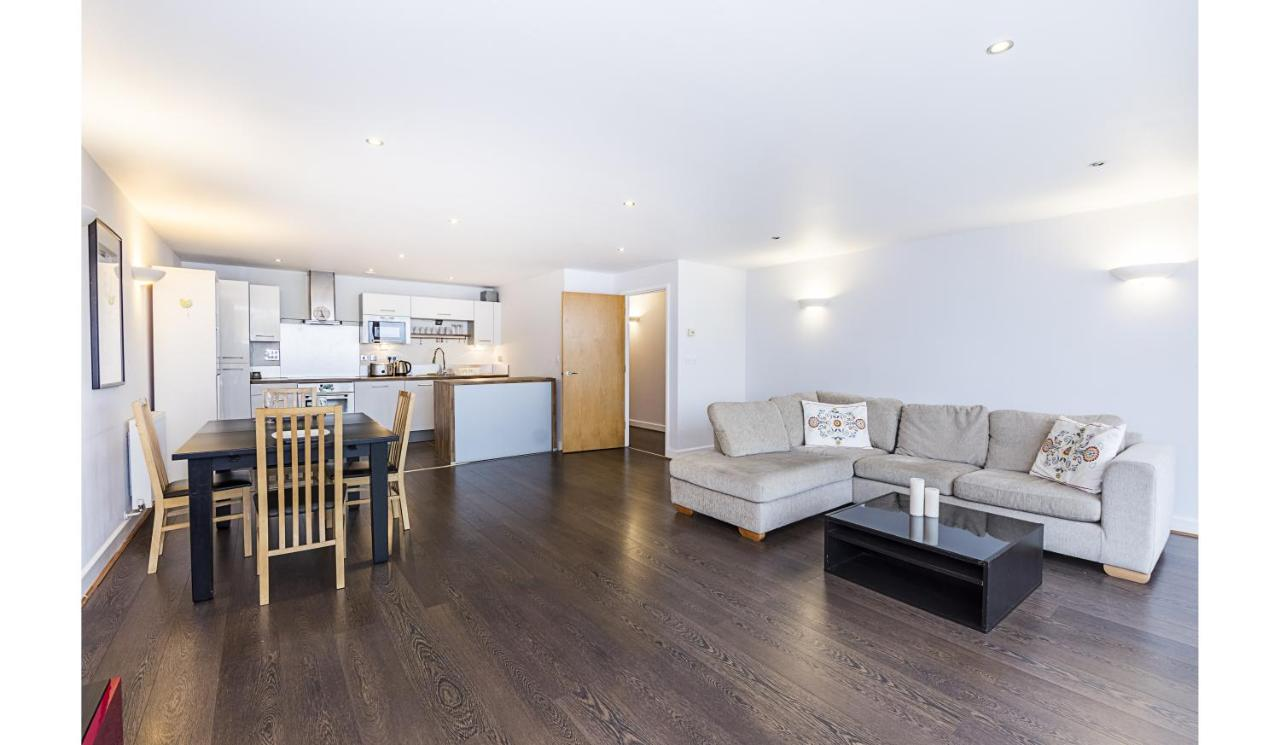 Western Gateway Apartment, London, UK - Booking.com