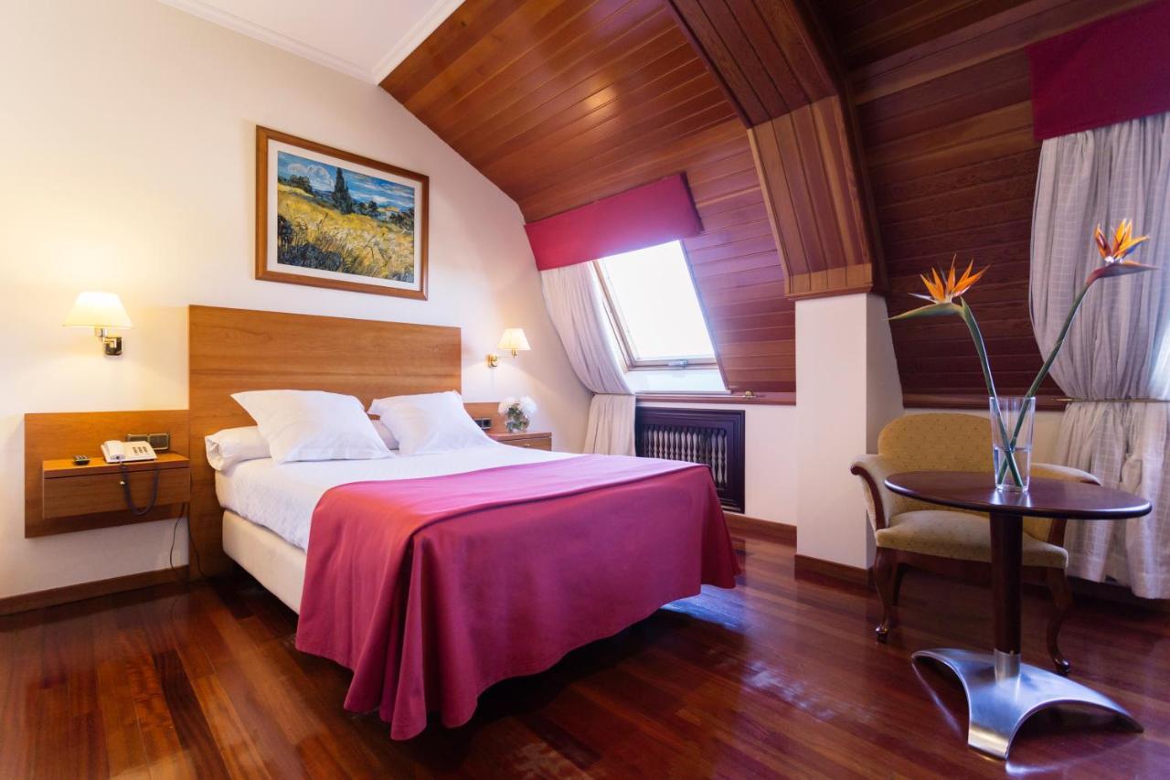 Hotels In Doniños Galicia