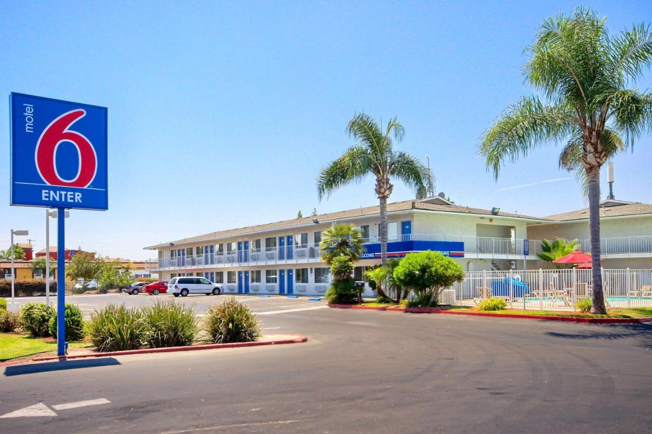 Hotels In Tulare California