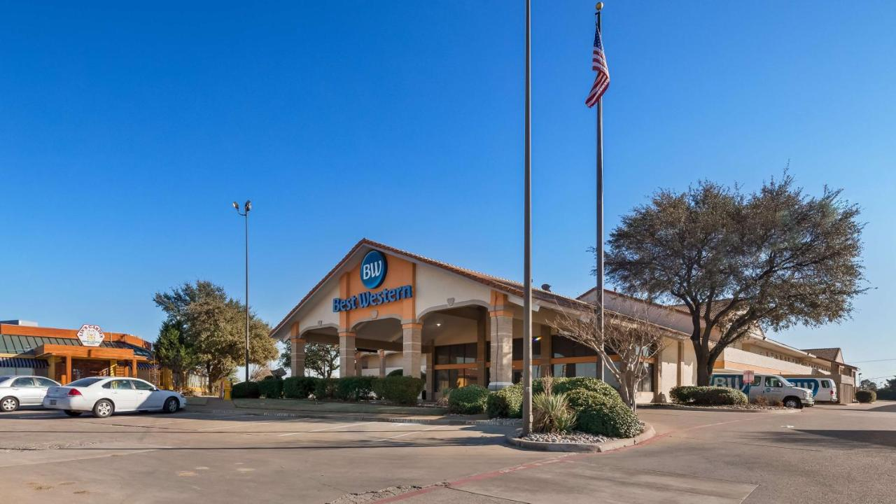 Hotels In Sowers Texas