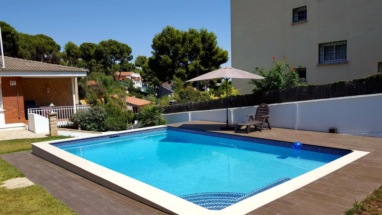 Bungalow with heated private pool, Castelldefels – Precios actualizados 2019