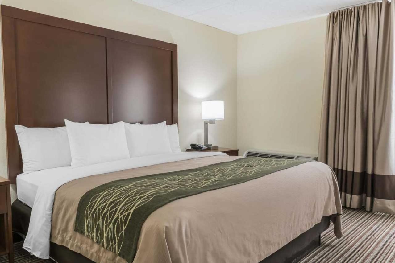 Hotels In Pocono Lake Pennsylvania