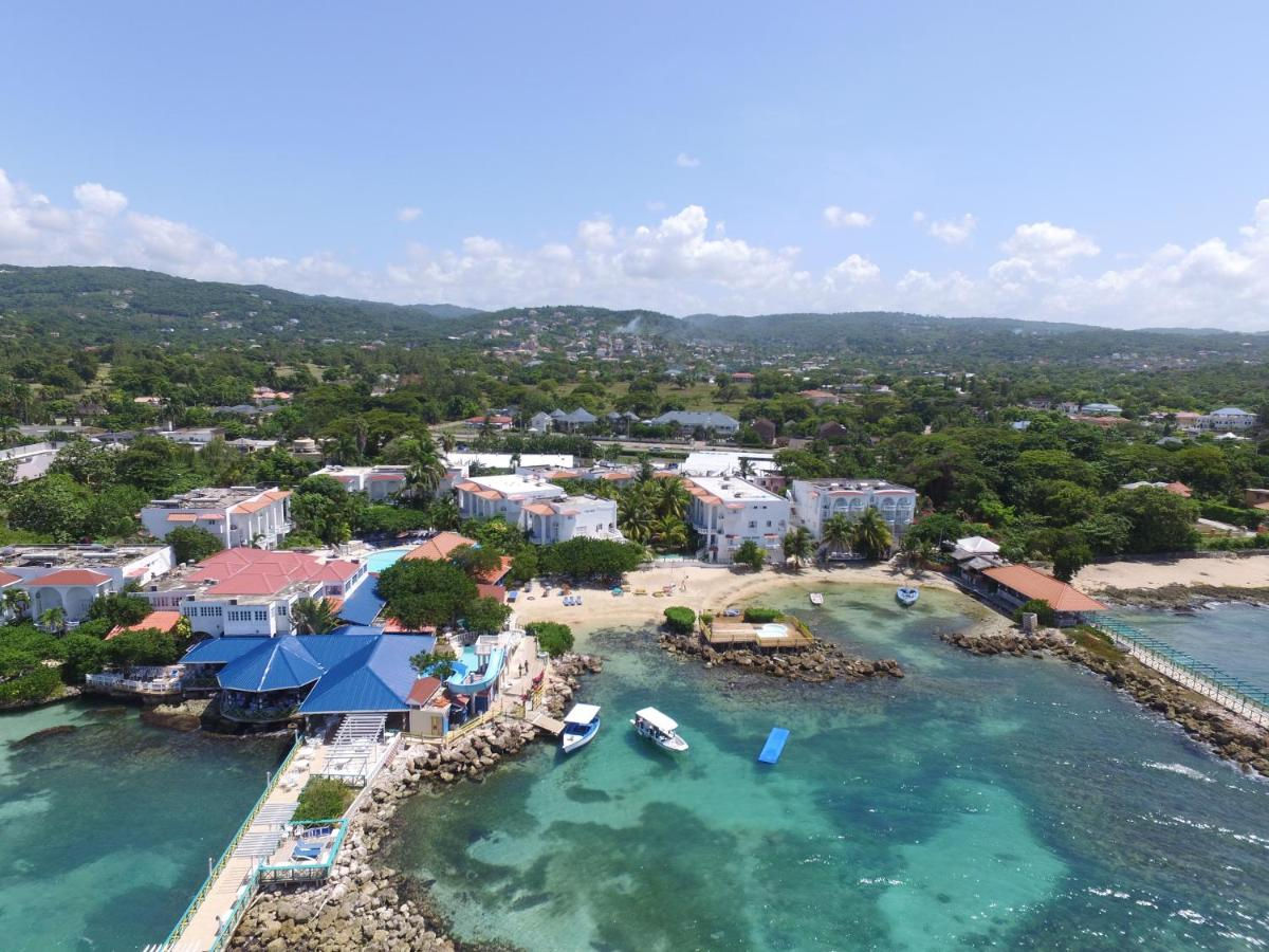 Resorts In Duncans Trelawny