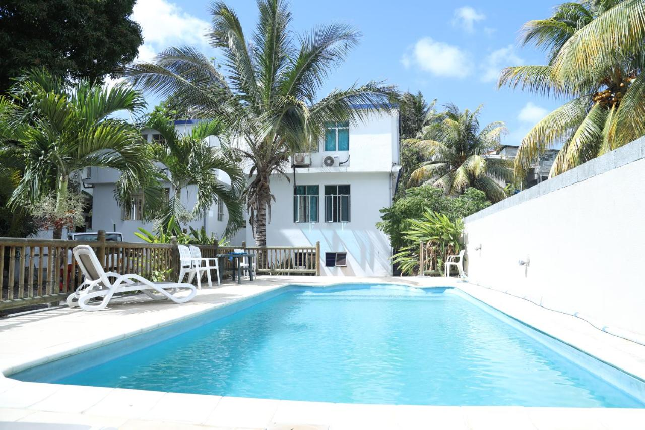 Kleurrijke Deense Villa : Oceanic villa mauritius grand baie booking