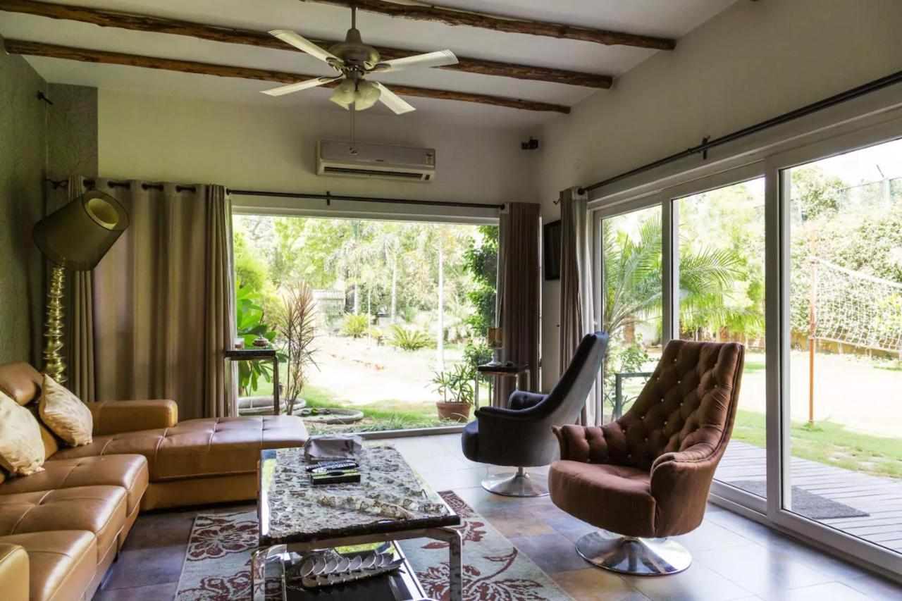 Peaceful and serene 3 bedroom villa in malibu town villa gurgaon india deals