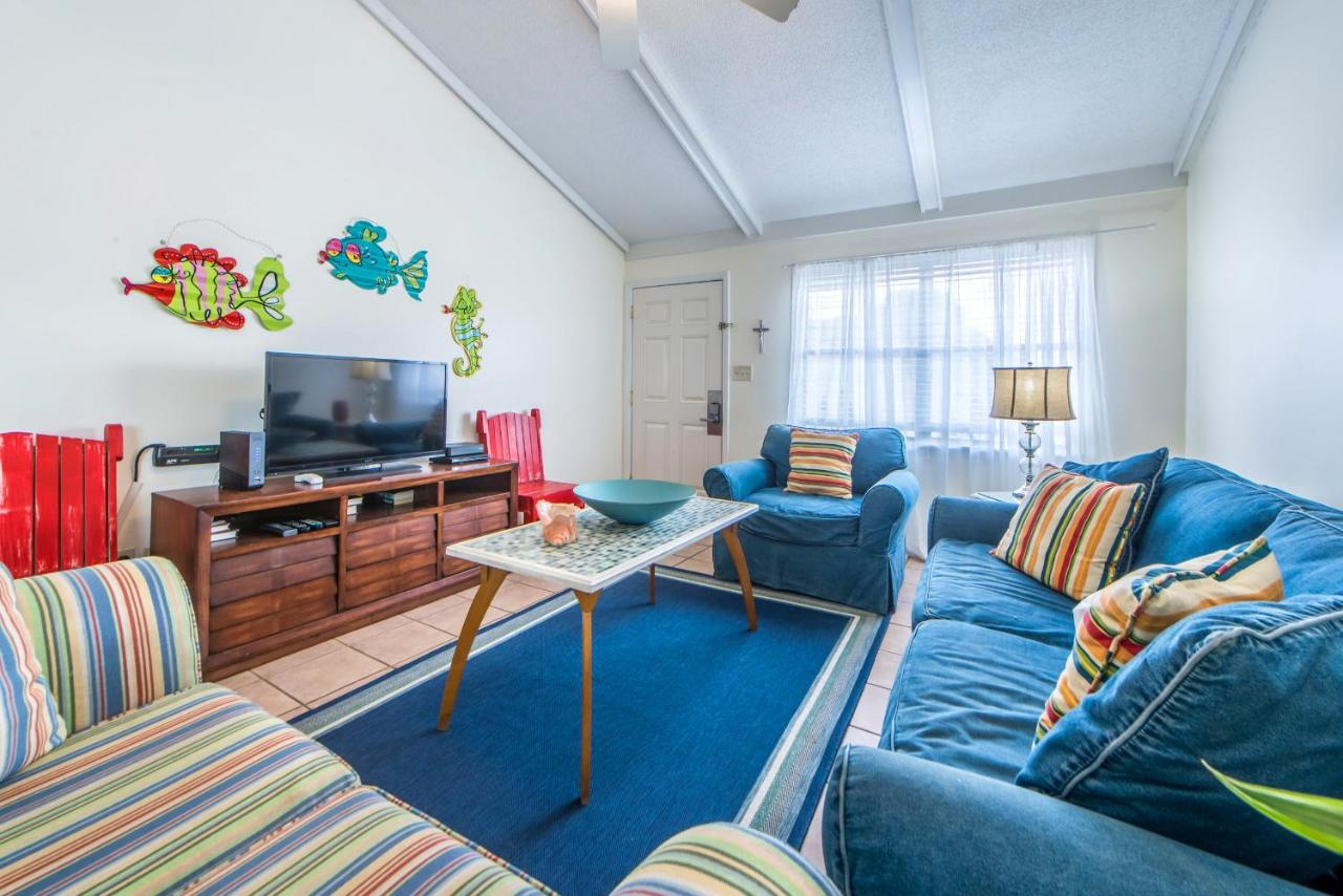 Apartment Gulf Crest #7 by RealJoy Vacations, Destin, FL - Booking.com