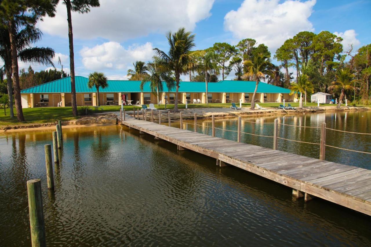 Hotels In Negrotown Knoll Florida