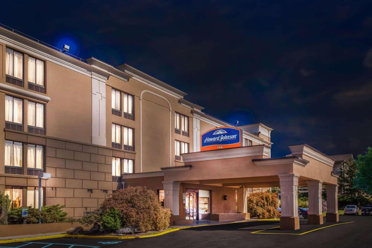 Hotels In Spring Valley New York State