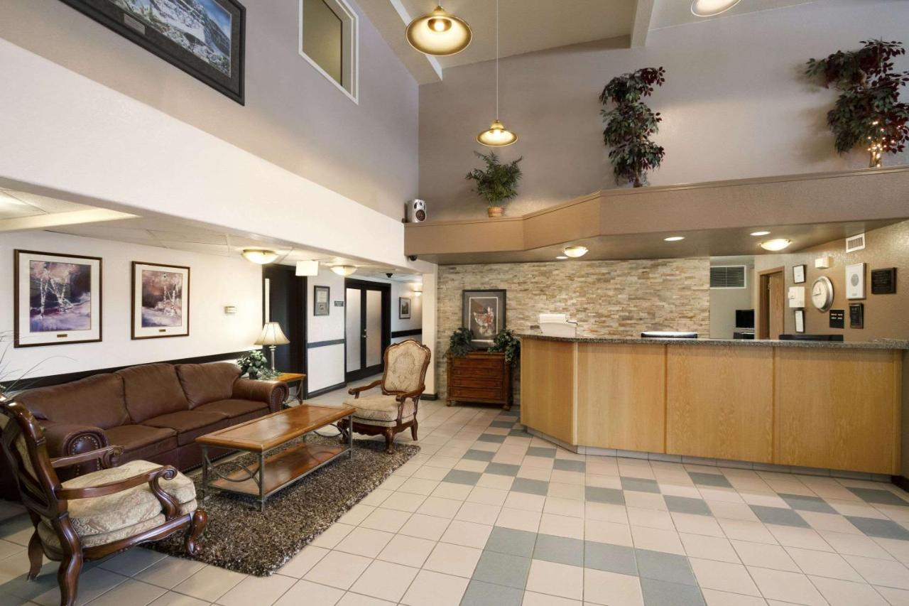 Hotels In Dawson Creek British Columbia