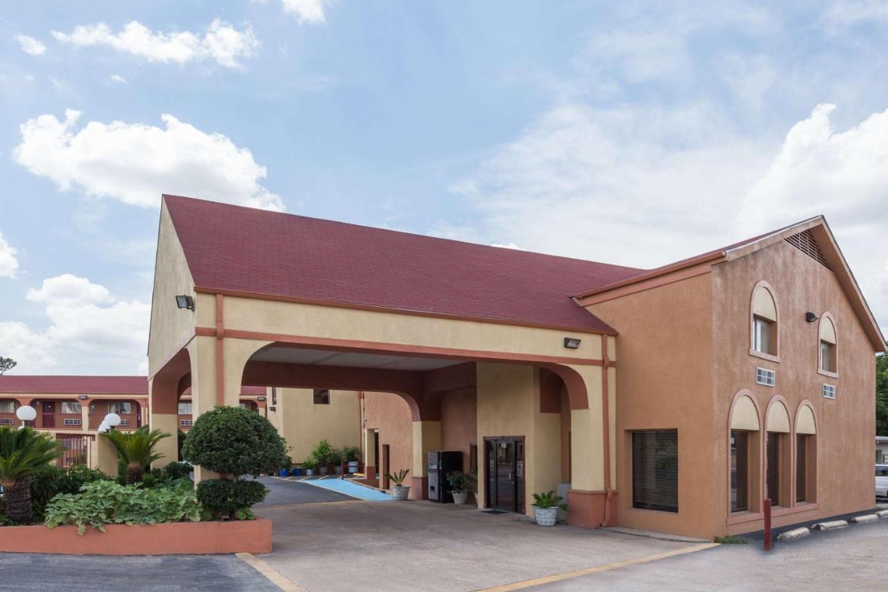 Hotels In Athens Texas