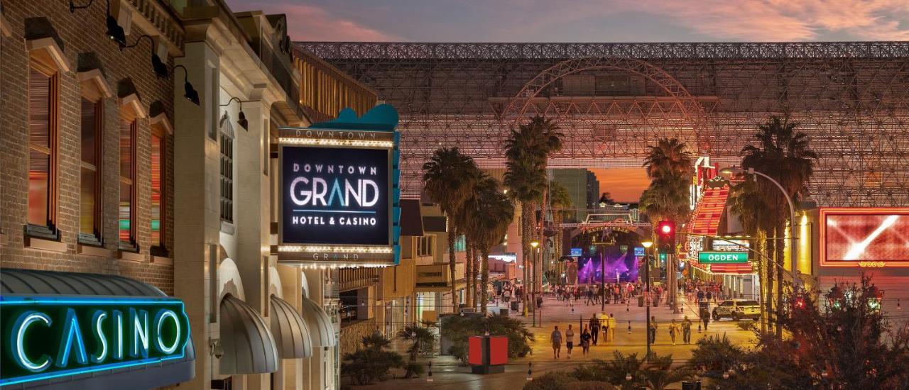 Downtown Grand An Ascend Hotel Usa Las Vegas Booking Com