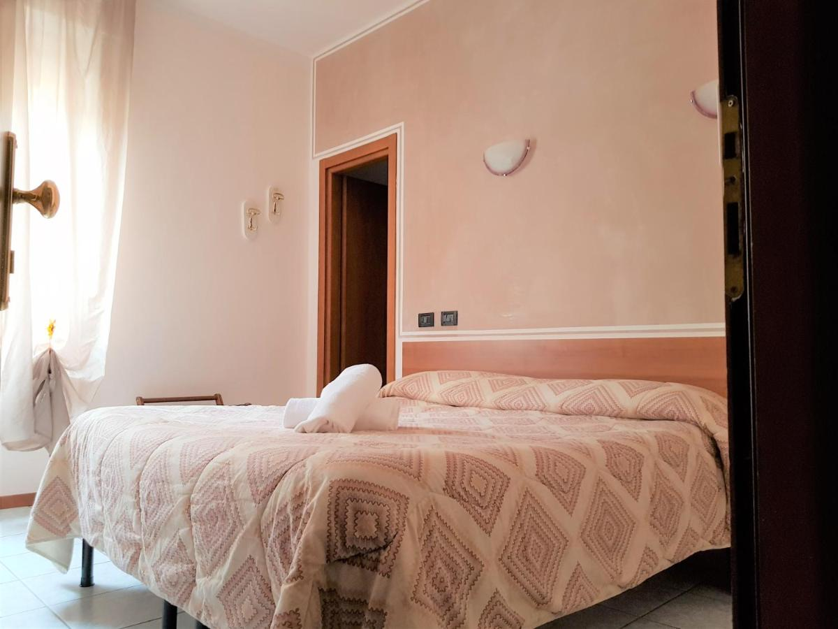Hotels In Appiano Gentile Lombardy