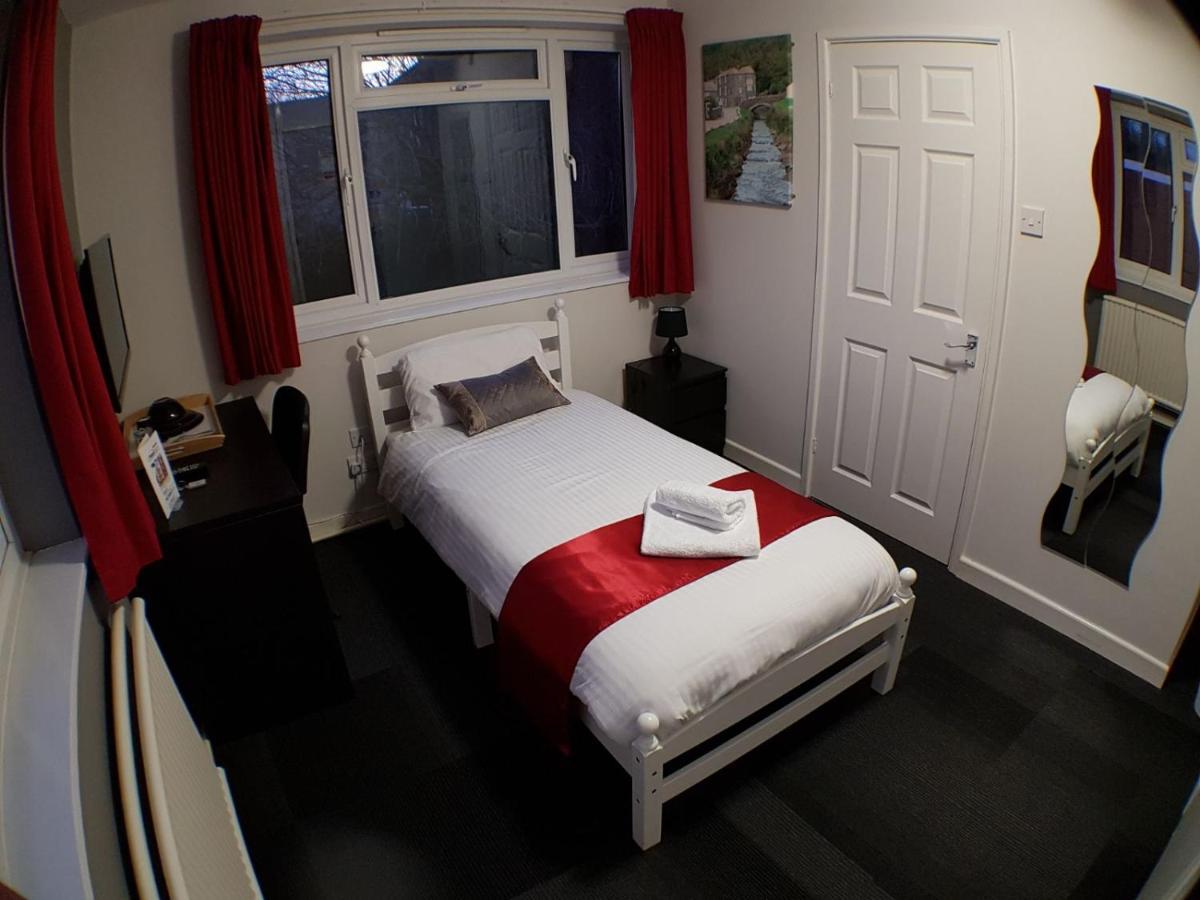 Hotels In Ruabon Clwyd