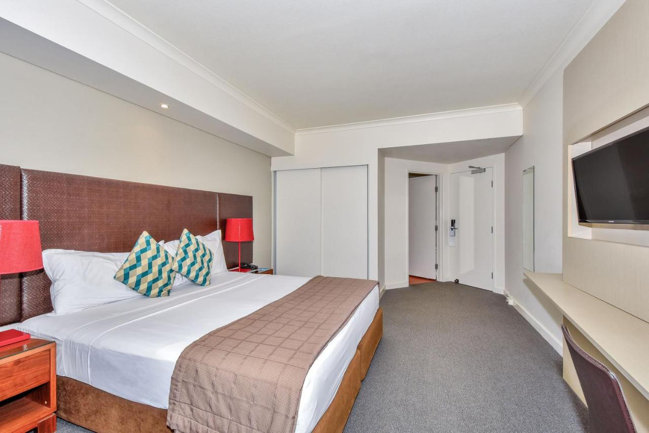 Hotel Mantra On The Esplanade Darwin Australia Booking Com