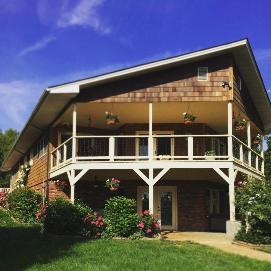 Bed And Breakfasts In Marshall North Carolina