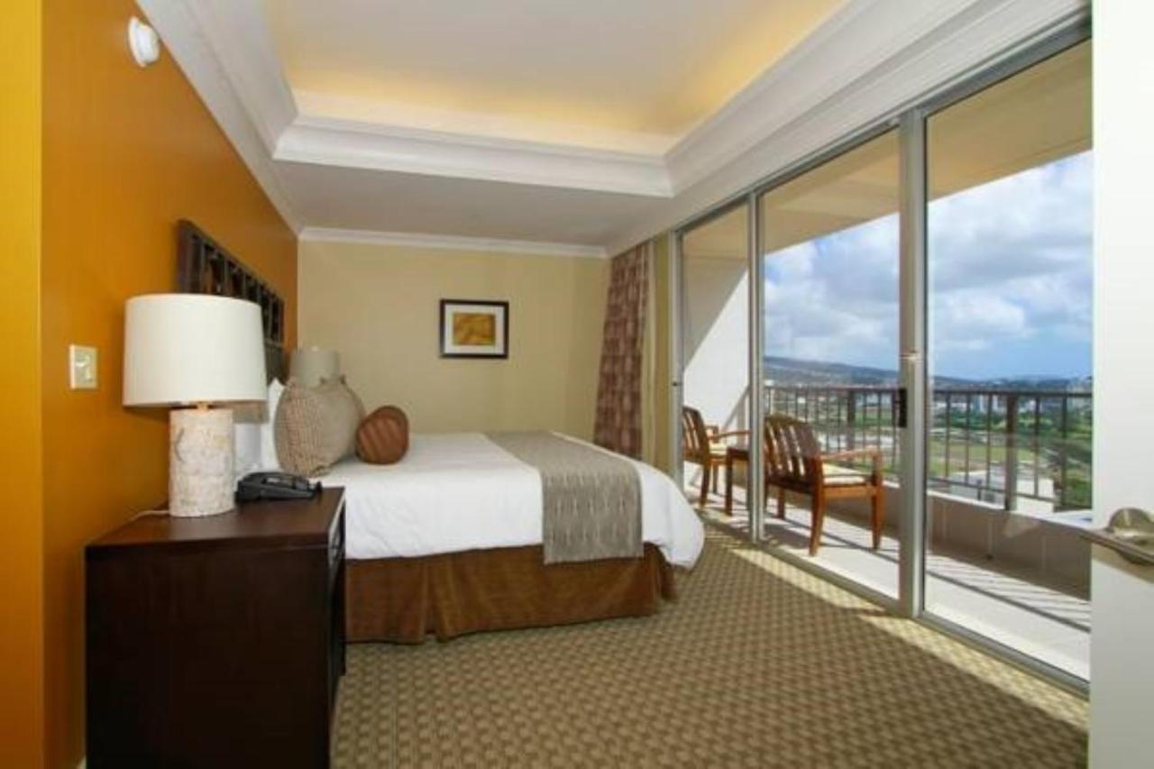 Wyndham Vacation Resort, Honolulu, HI - Booking.com