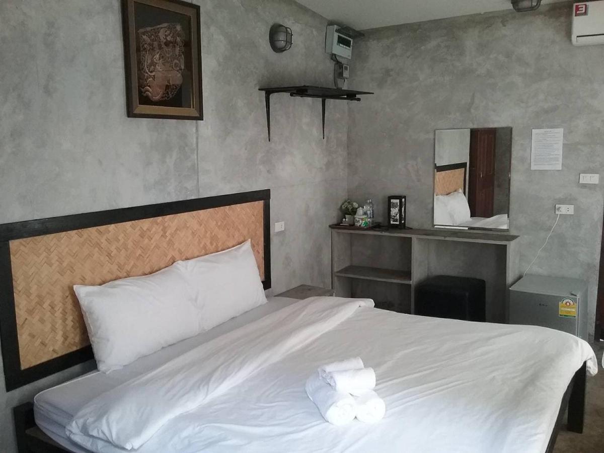 Resorts In Ban Tha Khoi Prachuap Khiri Khan Province