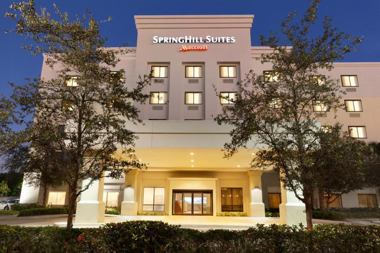 Hotel Springhill Suites West Palm Beach, FL - Booking.com