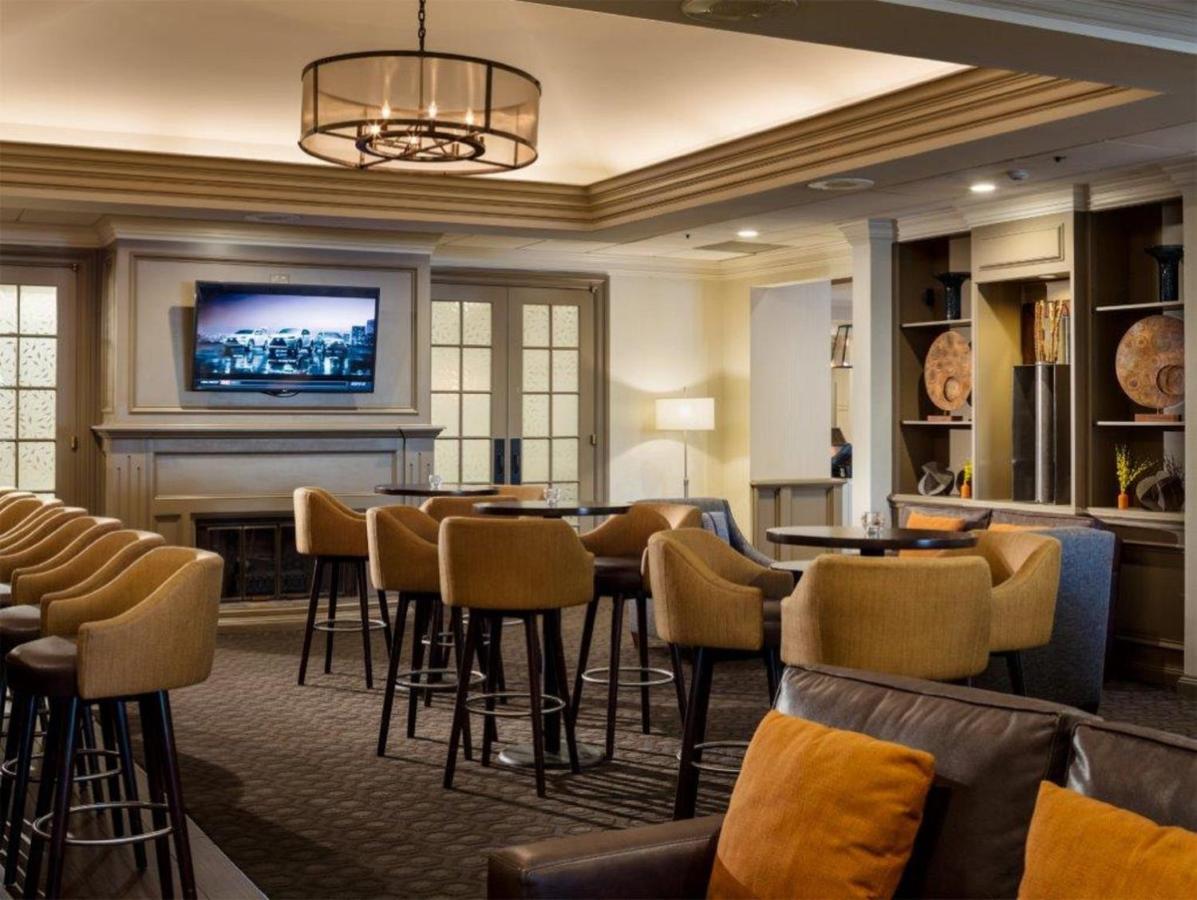 Hotel Doubletree by Hilton, Leominster, MA - Booking.com