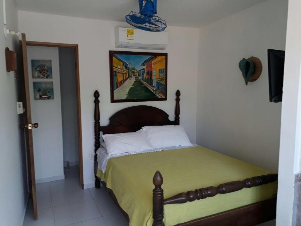 Hotels In Coveñitas Sucre