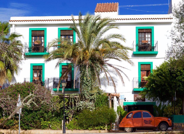 Bed And Breakfasts In Cala Llenya Ibiza