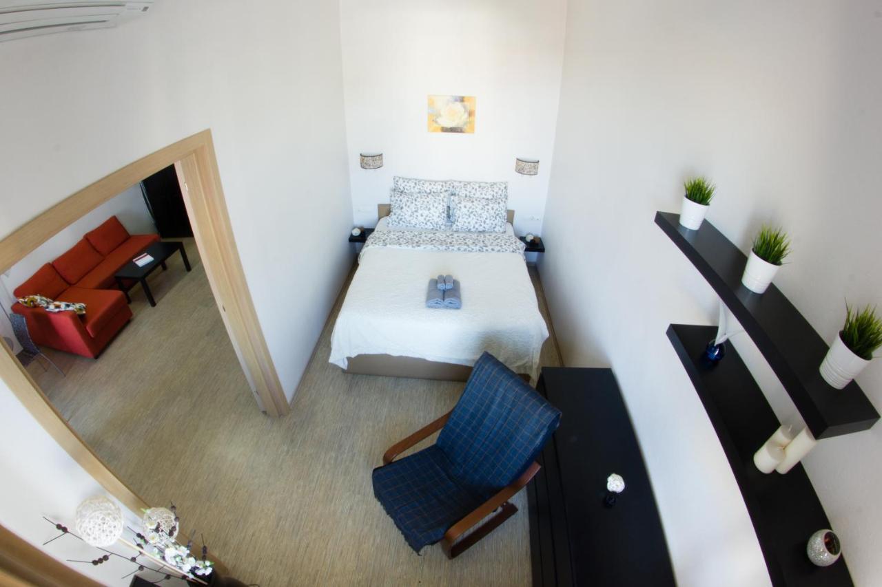 Lenkom Hall scheme: choose places 46