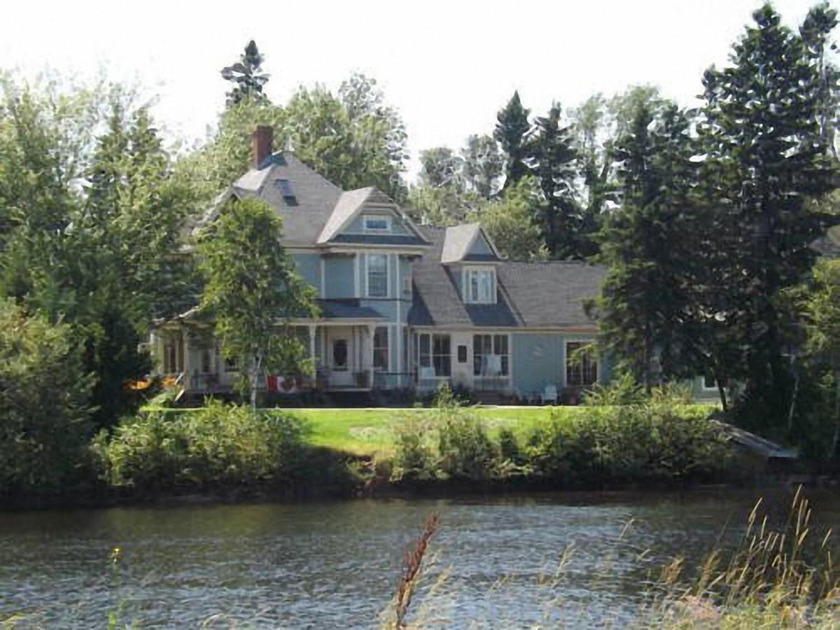 Hotels In Lorneville Nova Scotia