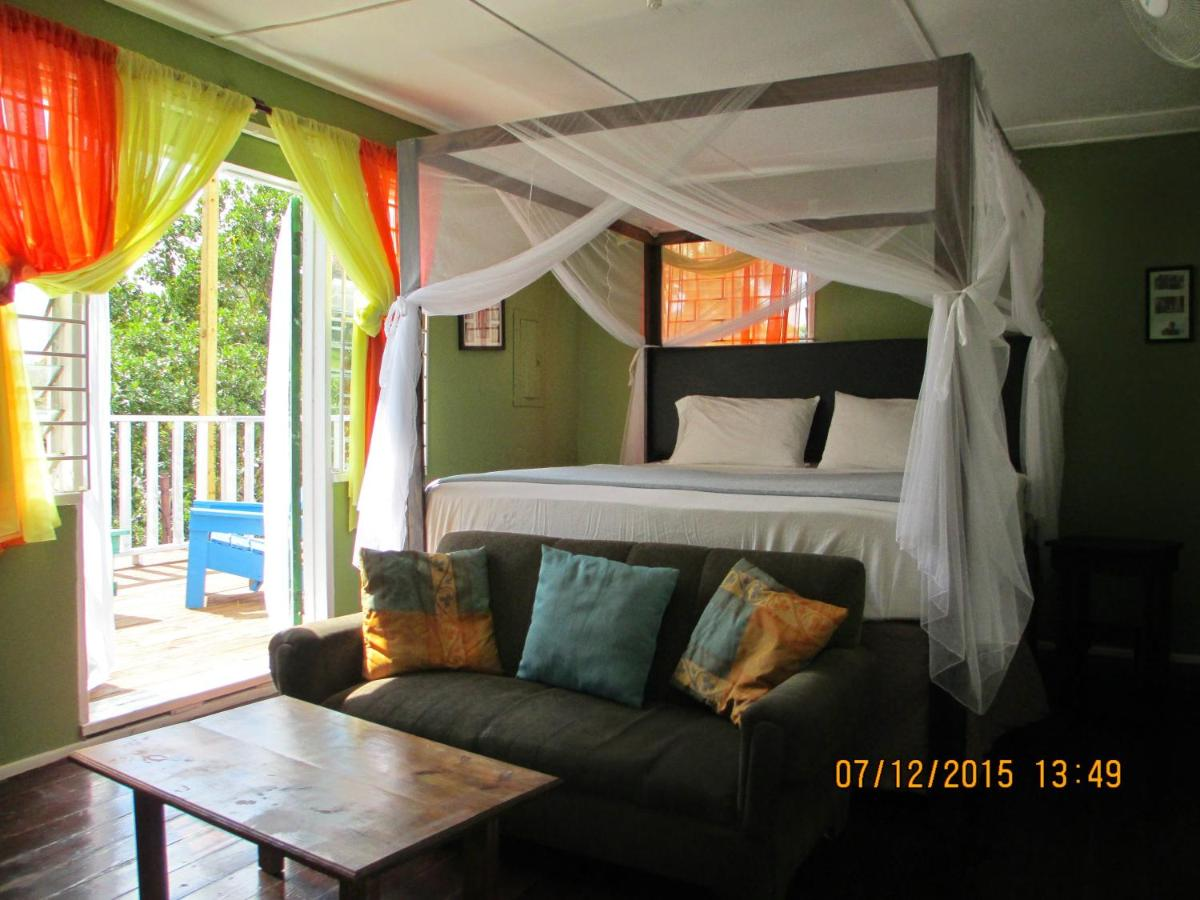 Bed And Breakfasts In Spanish Town