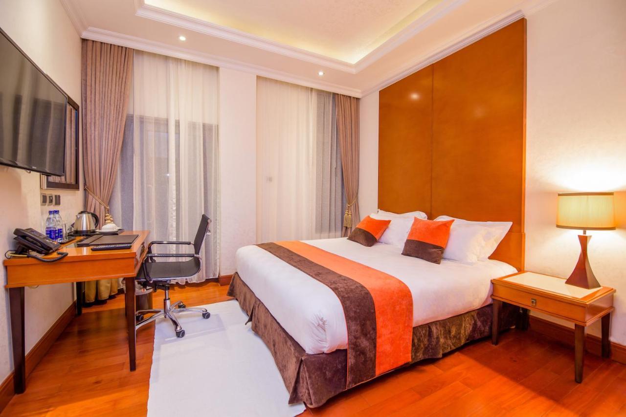 Alba hotel Meru 5