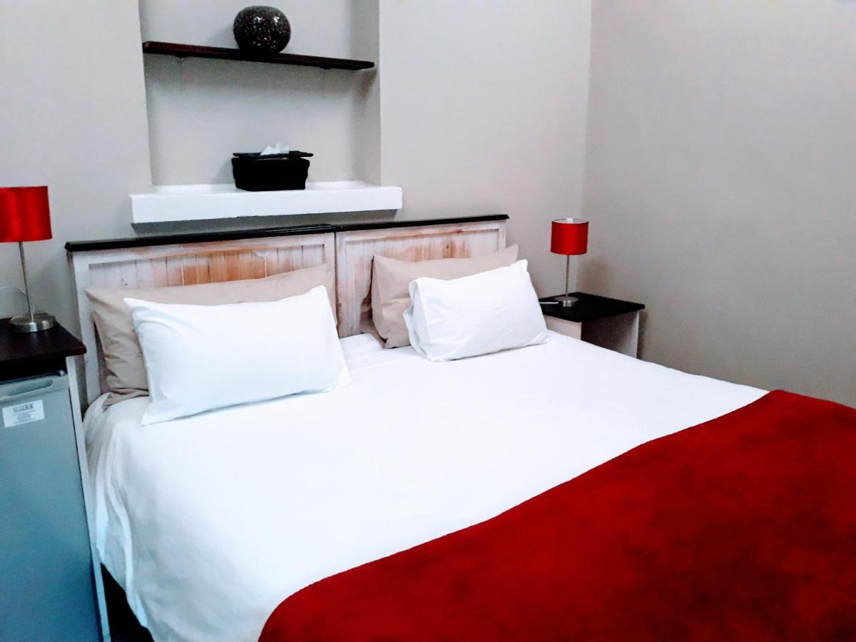 GuestHouse on Irvine, Port Elizabeth, South Africa - Booking.com