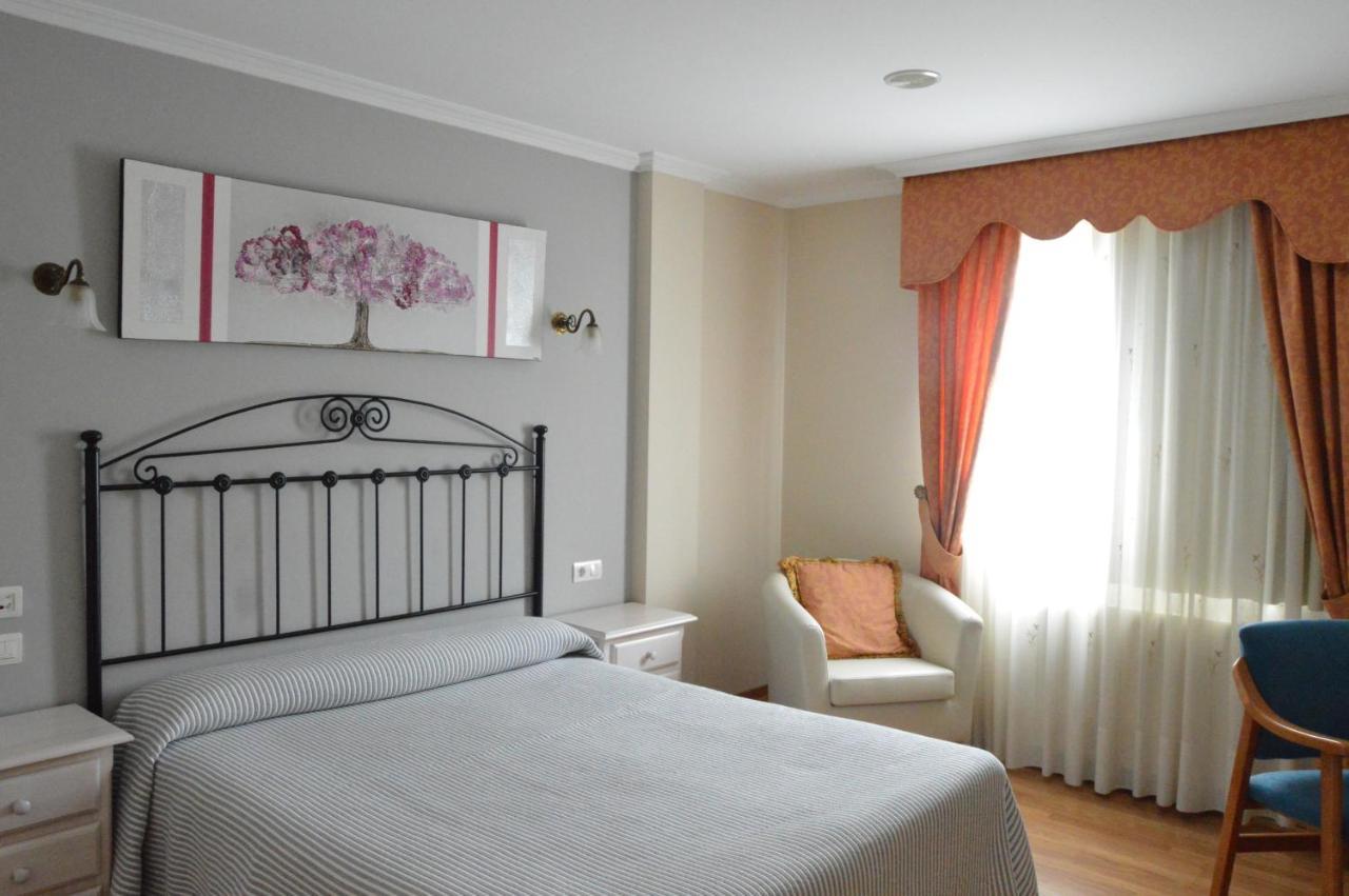 Hotels In Fuentecarmoa Galicia
