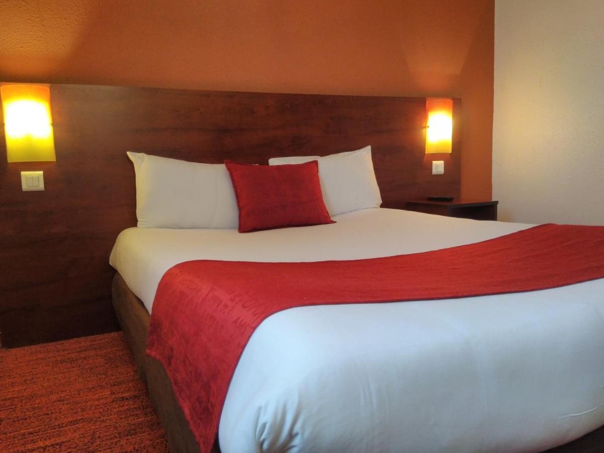 Hotels In Saint-georges-de-reneins Rhône-alps