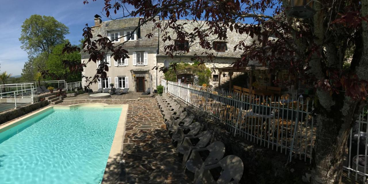 Bed And Breakfasts In Vezac Auvergne